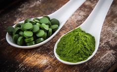 Spirulina Vaccine Detox, What Is Spirulina, Heavy Metal Detox, Detoxify Your Body, Fat Burning Foods, Natural Supplements, Superfood Supplements, Calcium Supplements, Health Products