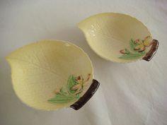 Vintage Braunton Studio Ceramic Floral Hazelnuts Made In England Lid Trinket Dish