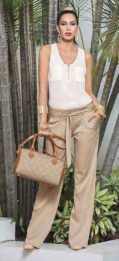 marcas de moda colombiana detallada cada una su coleccion, moda casual, jeans, deportivos y lingerie Casual Chic, Casual Wear, Casual Outfits, Fashion Outfits, Cute Outfits, Fashion Over 50, Clothes For Women, Work Clothes, Summer Outfits