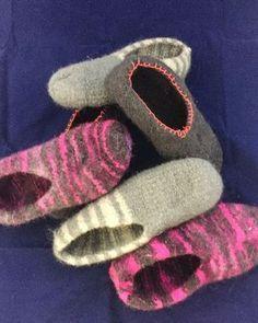 Hausschuhe HJEMMESKO aus Wolle in rosa meliert