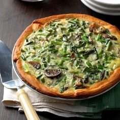 Asparagus Bacon Quiche A Dash Of Sanity. Asparagus And Chicken Quiche Recipe Australia's Best Recipes. Home and Family Asparagus Quiche, Asparagus Recipe, Fried Asparagus, Asparagus Appetizer, Bacon Quiche, Asparagus Salad, Spinach Salad, Quiches, Empanadas