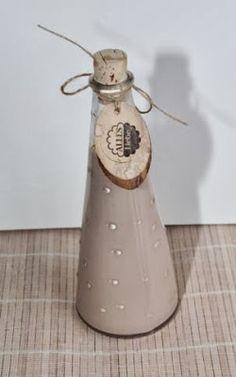 Zu Weihnachten habe ich diese Flaschen gefüllt mit Kinderschokoladen-Likör oder Marzipan-Likör verschenkt. Wenn sie Weihnac...