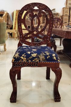 Wooden Dining Chair handmade carved... #Wooden #Dining #Chair #Handmade #Design #WeekendVibes #HappySunday #Aarsun
