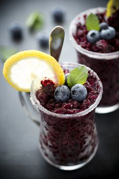 granita ai mirtilli - home made blueberry granita