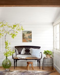 Simple styling: Large tree branch in vase
