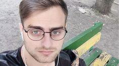 Neue Nachricht: Zauberei? - Ein russischer Verkäufer sieht aus wie Harry Potter! - http://ift.tt/2kBHAse #story