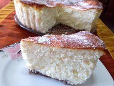 """מתכון עוגת גבינה אפויה מושלמת, עוגת גבינה טעימה במיוחד שמתאימה לשבועות ולסופ""""ש מפנק - אפויה בתנור, קלאסית ומרשימה"""