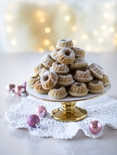 Mini Bundt Cakes for Christmas Sweet Recipes, Cake Recipes, Oreo Fudge, Bun In The Oven, Most Delicious Recipe, Just Eat It, Piece Of Cakes, Something Sweet, Christmas Desserts
