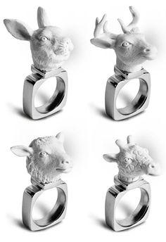 Os toys arts estão realmente em alta. Um dos designs mais realizados hoje, para várias formas de utilização, os toys até viraram uma coleção de anéis em resina e prata. Intitulada Animal Series, a …