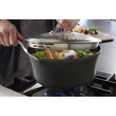 Included lid is made of see-through tempered glass and comes with a stainless steel lip and handle