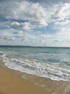 Palma Beach, Mallorca, Spain. Copyrights Val Moliere, Jan 2015