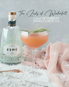 This Lady of Winterfell - This grapefruit and gin cocktail is muddled with basil to be a delightfully refreshing pink martini recipe. Inspired by one of my favorite characters, Sansa Stark and her pink King's Landing dress. Fruity Cocktails, Summer Cocktails, Cocktail Drinks, Gin Cocktail Recipes, Craft Cocktails, Game Of Thrones Cocktails, Game Of Thrones Party, Grapefruit Cocktail, Grapefruit Juice