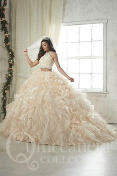 Quince dresses - House of Wu Quinceanera Dress Style 26813 – Quince dresses Xv Dresses, Ball Dresses, Ball Gowns, Prom Dresses, Dress Prom, Long Dresses, White Quinceanera Dresses, Quinceanera Planning, Dress Wedding