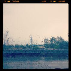 | tra ombrellone 🏖 e ombrello ☔️ il passo è breve | #rainyday #today #now #summerend #weareinpuglia #robyzl #serendipity #jj #joy #pic #picoftheday #ph #photo #photooftheday #tagsforlikes #like4like #tumblr #flikr #social #love #instagood #instagram
