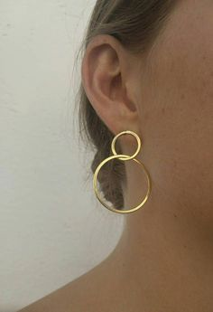 Thick Gold Hoop Earrings - bold large gold hoop earrings/ statement Hoops/ statement earrings/ classic gold hoops/ gifts for women - Fine Jewelry Ideas Tiny Stud Earrings, Circle Earrings, Unique Earrings, Silver Hoop Earrings, Ring Earrings, Crystal Earrings, Gold Statement Earrings, Diamond Earrings, Piercings