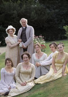 The Bennets ~ in THE ONLY good version of Pride & Prejudice, 1995.♥