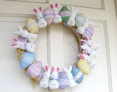 Today I am unfolding before you Easter eggs designs, decoration ideas & bunny pictures of 2015 Easter Bunny, Easter Eggs, Easter Egg Designs, Easter Crafts For Kids, Easter Decor, Easter Ideas, Easter Wreaths, Crochet Patterns, Christmas Ornaments