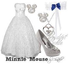 So beautiful... I'm so having a mickey wedding