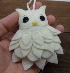 Felt Owl Ornament by BananaBugAndZod on Etsy                                                                                                                                                                                 More