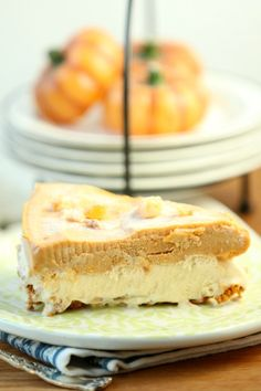 Pin it to your Christmas Board - Frosty Pumpkin Ice Cream Pie - Low Calorie, Low Fat Dessert