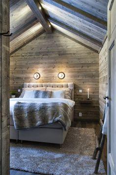 AV13 Chalet Design, House Design, Chalet Style, Barn Bedrooms, Pole Barn House Plans, Cottage Interiors, Winter House, Cabin Homes, Bergen