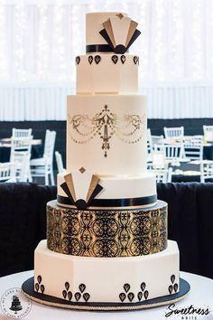 Art Deco gold, black and white wedding cake.