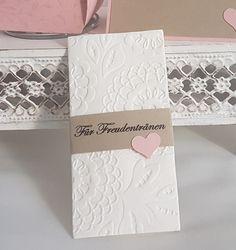 **10 x Taschentuchhalter inkl. gemustertes Taschentuch für Freudentränen, in mehreren Farben erhältlich** Hergestellt mit hochwertigen Produkten von Stampin'Up. Das perfekte Accessoires für...