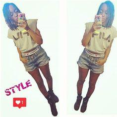 D.I.Y FILA #コーデ #ootd #style #fashionblogger #fashion #diy #outfit #instafashion #asseenonme #fila #vintage #braids #hairstyle #shorts #shorthair #denimshorts #levis #tommyhilfiger #girl #スタイル #ファッションブロガー #ファッション #コーディネート #ny #instalike #like4like #photooftheday #selfie