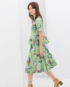 Image 3 of FLORAL PRINT FLARED SKIRT from Zara