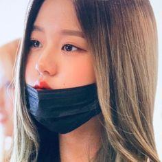 Pretty Korean Girls, Pretty Boys, Yu Jin, Japanese Girl Group, Social Media Icons, Hey Girl, Face Claims, Ulzzang Girl, K Idols