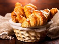 Paderno World Cuisine x in. Stainless Steel Croissant Cutter, As Shown Sweet Pastries, French Pastries, French Bakery, French Croissant, Breakfast Croissant, Homemade Croissants, Bake Croissants, Chocolate Croissants, Baking Classes