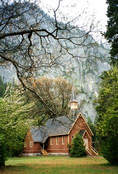 beautiful little church  agoodthinghappened:  prayer on rainy day by *O-Gosh