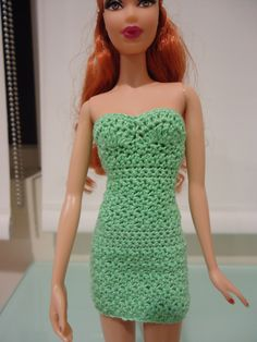 Barbie Doll Crochet Clothes: Strapless Bodycon Dress (A Free Pattern)