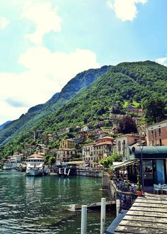 The beautiful lago di como! Go and read why it is worth visiting! http://no146.blogspot.com/2014/10/places-worth-visitng-lago-di-como.html