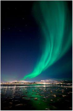Aurora borealis Photo by Martin Eliassen
