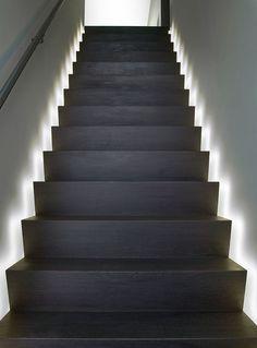 Escalier éclairé