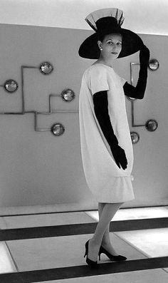 Denise Surrault wearing Givenchy photo Willy Maywald 1960's