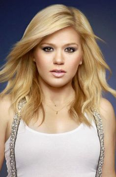 Kelly Clarkson named brand ambassador for Citizen Watch Company