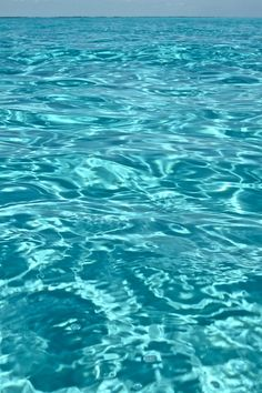 relaxing turquoise water, beautiful