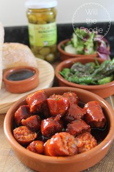 By simmering chorizo in cider, you get the most incredibly tender results, and the cider cooks down to an delicious sticky syrup - an awesome tapas dish! Tapas Dishes, Tapas Party, Chorizo, Chicken Wings, Cooking, Blog, Recipes, Kitchen, Cuisine
