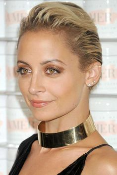 hbz-the-list-holiday-hair-makeup-nicole-richie-gettyimages-492566078