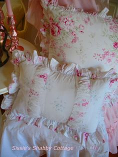 Sissie's Shabby Cottage: Pretty Overload....