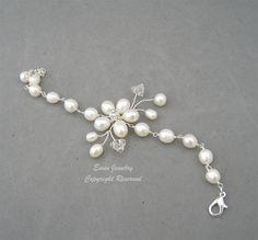 White Pearl Bridal WEdding Bracelet Jewelry Fresh by eminjewelry