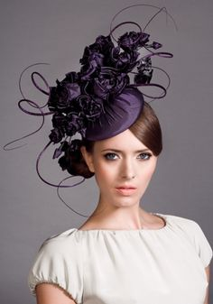 Rachel Trevor Morgan' s design headpiece Rachel Trevor Morgan, Fancy Hats, Cool Hats, Ascot Hats, Crazy Hats, Beauty And Fashion, Kentucky Derby Hats, Church Hats, Royal Ascot