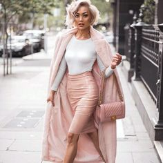 Blush and nude tones - #fashion #fauxfur #fallfashion #fblogger
