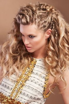 Curly hairstyles: Hair style ideas for curly hair - Long and Short Curly Hair Styles Valentine's Day Hairstyles, Romantic Hairstyles, Latest Hairstyles, Pretty Hairstyles, Braided Hairstyles, Bohemian Hairstyles, Blonde Hairstyles, Holiday Hairstyles, Hairstyle Ideas