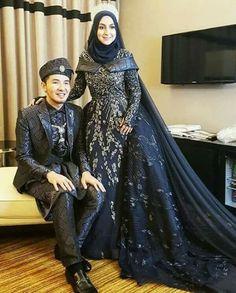 Songket wedding dress in royal blue