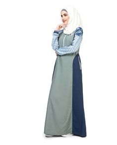 this jilbab has printed sleeves like oceanic waves with a contrasting grey bodice and side panels. Comfortable to wear all day, on all occasions. Abaya Fashion, Muslim Fashion, Modest Fashion, Fashion Dresses, Arab Girls Hijab, Girl Hijab, Modern Hijab, Abaya Designs, Hijab Chic