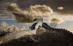 Great Wall of China - Cool pic and interesting story how it was built with sticky rice flour and slaked lime.