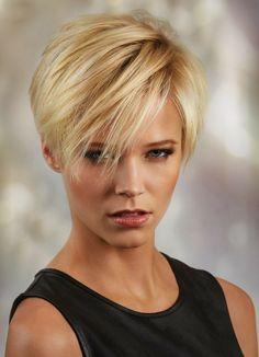 acconciature per capelli corti, proposta con ciuffo lungo e liscio, adatto a capelli fini